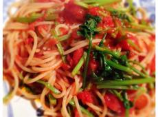 香菜とトマトのスパゲッティ